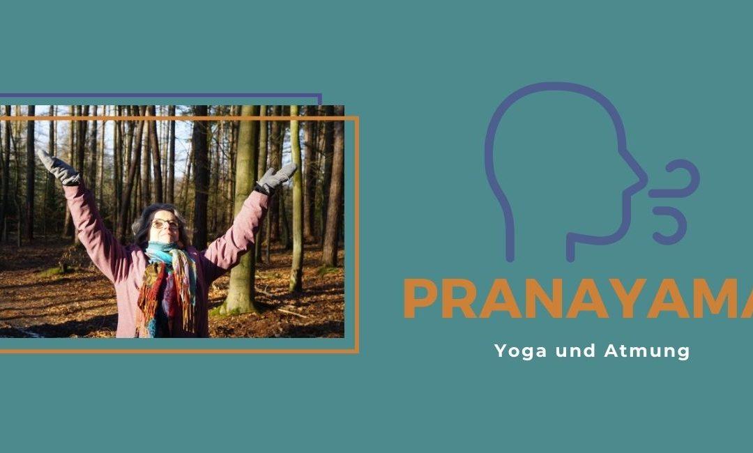 Yoga und Atem - Pranayama ist die Aufschrift des Bildes. Auf einem kleineren Foto auf türkisem Hintergrund ist Susanne im Wald mit hochgestreckten Händen zu sehen